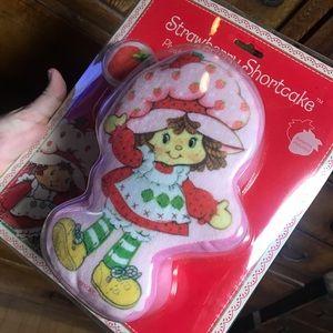 Vintage Strawberry Shortcake plush door bell